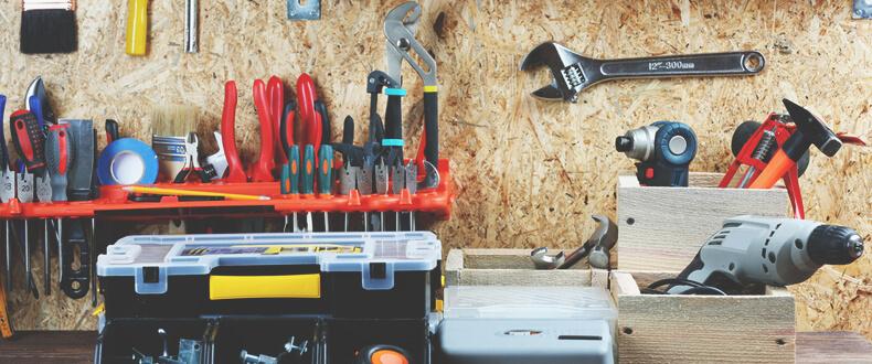 tools-bg